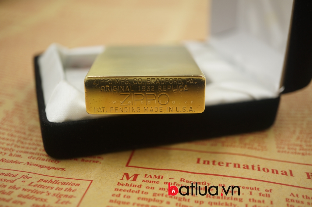 Zippo cổ Brass replica 1932 nhật