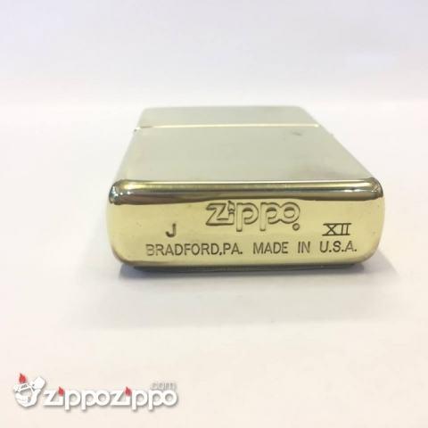 zippo cổ la mã vàng nổi hoa văn kim tự tháp sản xuất năm 1996